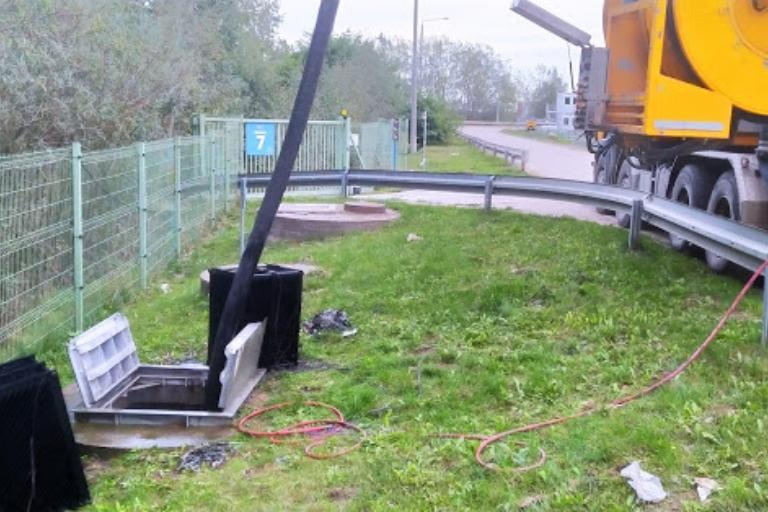 Prace kanalizacyjne 11